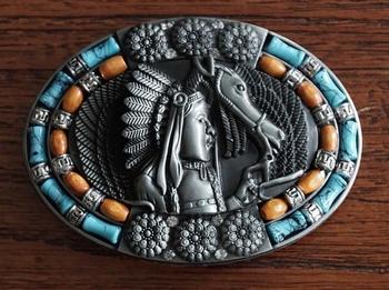 """Buckle  """" Paard en indiaan met blauw / oranje / strass """""""