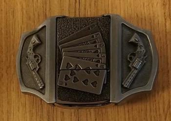 """Aansteker buckle """"  Pokerhand + pistolen """""""