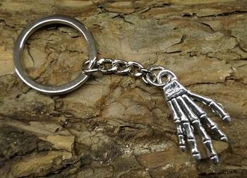 """Sleutelhanger  """"  Skelet hand """""""