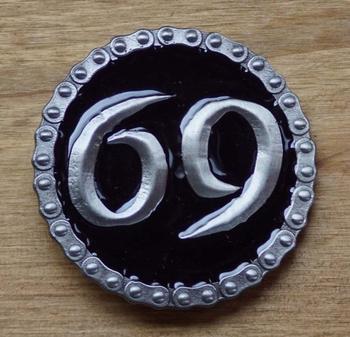 """Tekst buckle gesp  """" 69  """""""