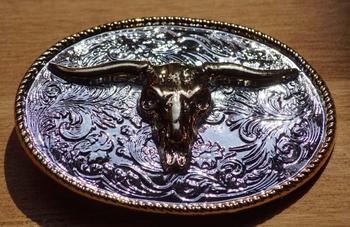 """Buckle """" Stieren schedel """"  zilver- en goudkleurig"""
