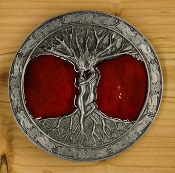 """Gesp  """" Tree of life """"   Rood / zilver kleurig"""