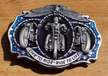 """Buckle / gesp  """" Live to ride - ride to live """""""