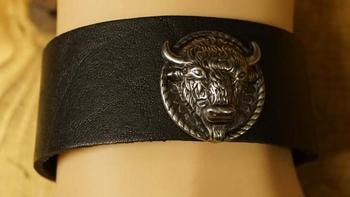 """Leren armband  """" Bizon """"  Zwart"""