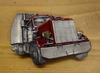 """Truck buckle   """" Trekker met oplegger """"   Rood / zilver"""