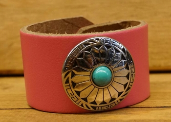 "Leren armband rose  ""  Concho met turquoise steen  """