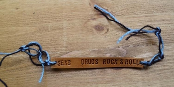 "Leren armband  ""  Seks, drugs, rock & roll  """