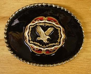 """Buckle """" Vliegende adelaar goudkleurig """" zwarte achtergrond"""