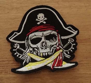 """Applicaties  """" Piratendoodskop met 2 zwaarden """""""