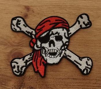 """Applicaties  """" Piratendoodskop met botten """""""