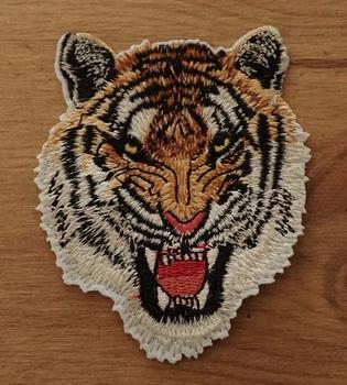 """Applicaties  """" Grommende tijger """""""