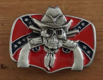 """Belt buckle  """" Rebelvlag, doodskop met revolvers """""""