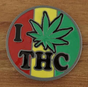 """Buckle  """" I wit THC """""""