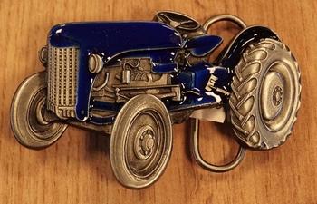 """Buckle """" Tractor """" blauw / nikkel kleurig"""