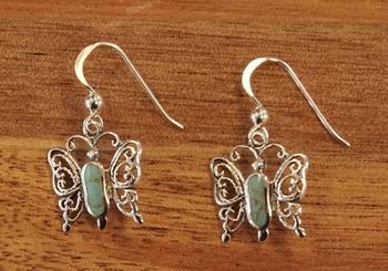 """Oorbellen  """" Vlinders met blauwe steen """""""