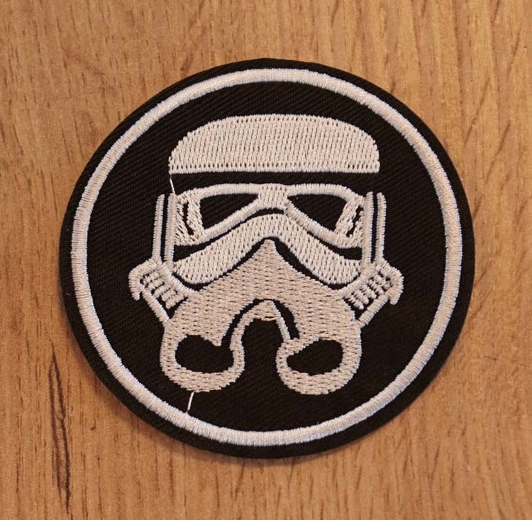"Applicatie "" Star wars  "" Strom Trooper"