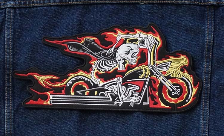 """Applicaties  """" Biker op motorcylce in vlammen """""""