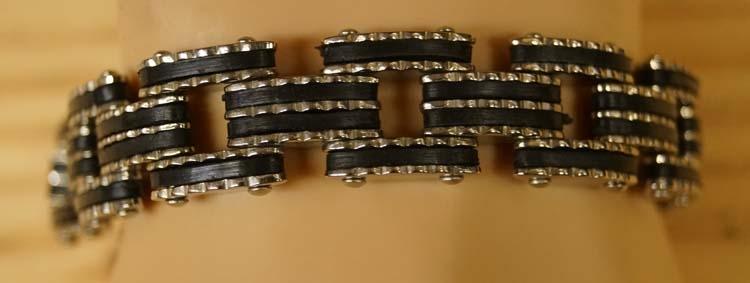"""Armband  """" Sierwerk glitter """"   Zilverkleurig / zwart"""