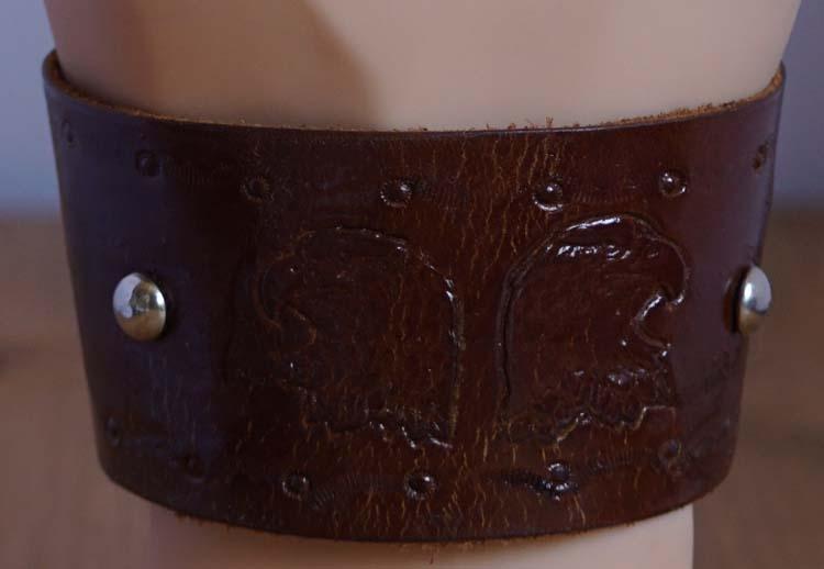 "Armband  "" Wild free / adelaars hoofd "" Bruin"