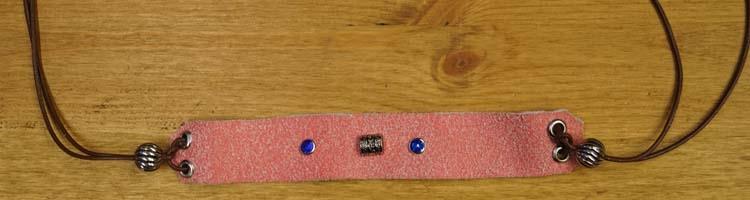 """Armband met veter vast maken """" Strass en kralen """" Roze/bruin"""