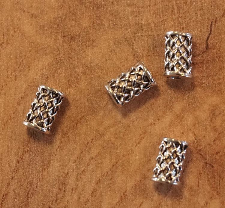"""Baardkraal """" Keltische knoop """" nikkel kleurig  5 stuks"""