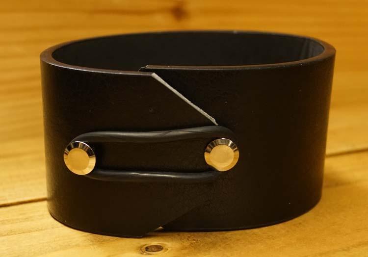 "Brede leren armband  "" Knopen ""   Zwart"