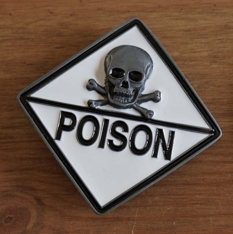 "Buckle  "" Doodskop poison  """