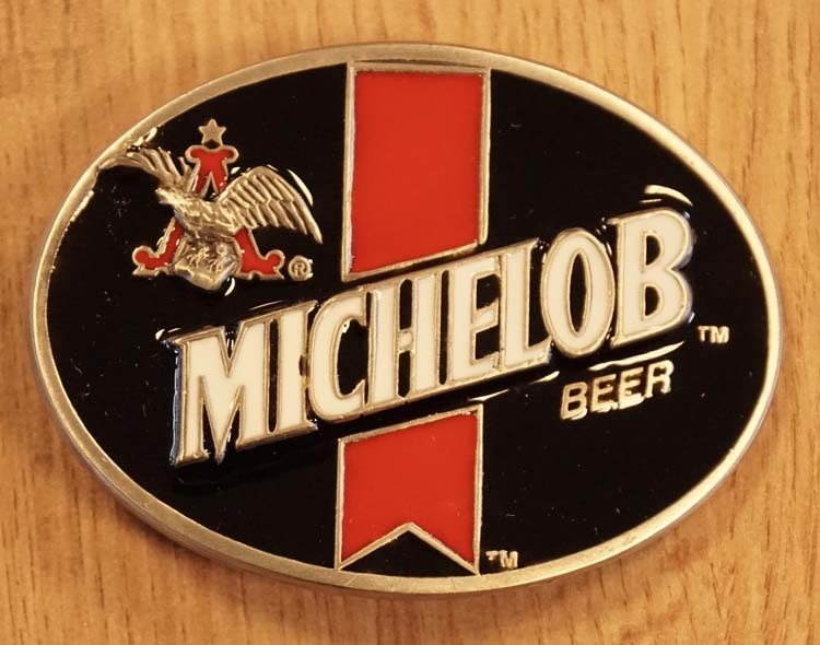 "Buckle  "" Michelob beer "" zwart / wit / rood"