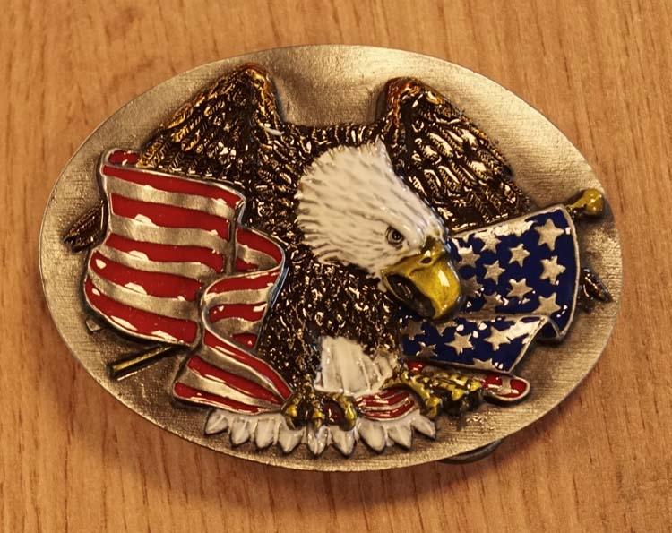 """Buckle """" Adelaar met Americaanse vlag """""""
