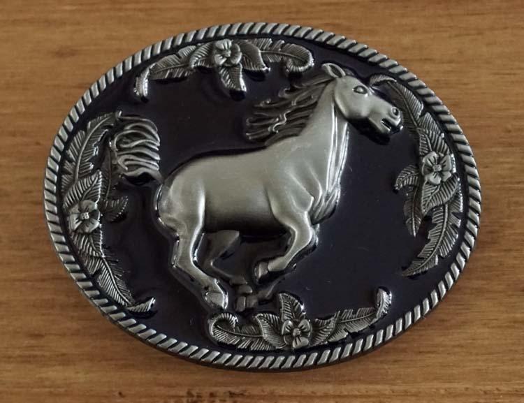 "Buckle "" Galopperend paard """