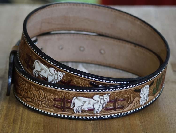 """Buckle riem """"  Paard, bizon, zadel, schedel  """"  Beige"""