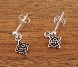 Zilveren oorknopjes met hanger