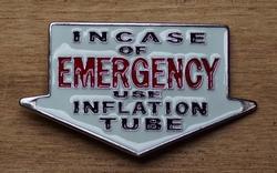 "Humor gesp  "" Incase of emergency """