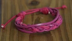"Leren armband  ""  Roze """