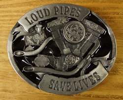 "Buckle / gesp  "" Loud pipes save lives """