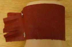 """Brede leren armband  """" Rood """""""