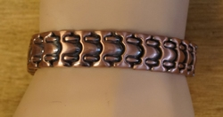 "Magneet armband   "" Roze / koperkleurig """
