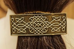 "Haarclip  "" Three celtic knots ""   Koperkleurig"