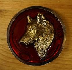 """Riem gesp  """" Wolf """"  Rood / goudkleurig"""