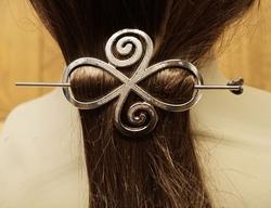 """Haarspeld  """" Celtic knot """"  zilverkleurig"""