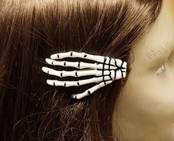 """Haarklem  """" Skelet hand """"  wit"""