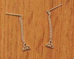 Enkel draad zilveren oorbellen